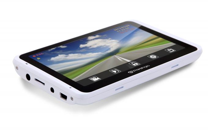 Новинка! Автомобильный GPS навигатор со встроенным видеорегистратором Prestigio 5800